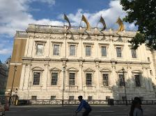 Banqueting House on Whitehall on our London Highlights Tour