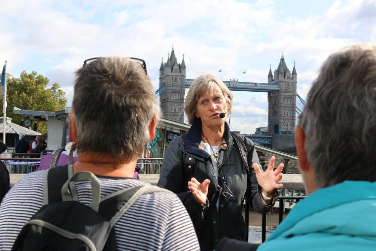 Private City of London riverside tour