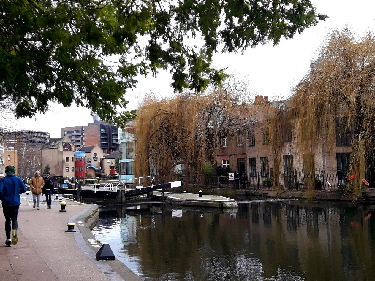Regents Canal - a London Guided Walk