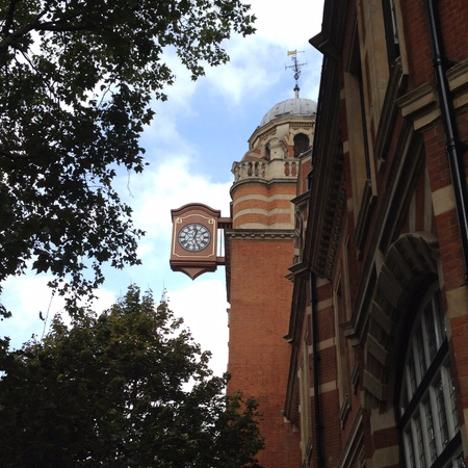 Bracket Clock A Road to Ruin Walk - discover the relationship of Londoners and their alcohol