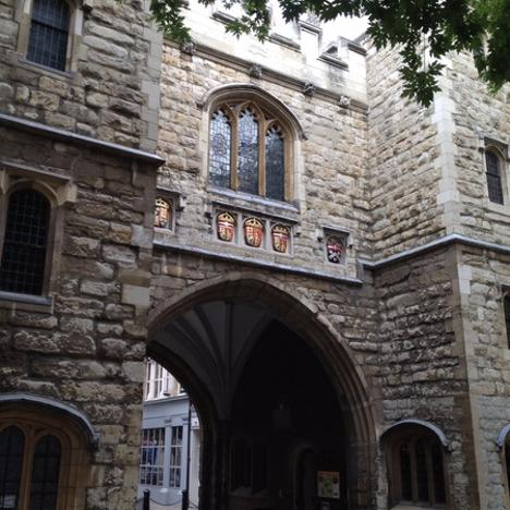 St John's Gate - A Road to Ruin Walk - discover the relationship of Londoners and their alcohol