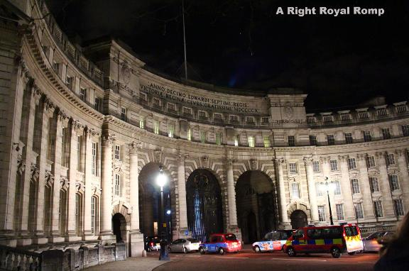 Royal Romp Guided 1hr walk in London